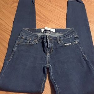 Abercrombie & Fitch denim blue jean size 00R 24/31